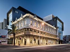 The Melbourne Hotel