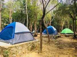 Cabanas Camping Yaxmuul