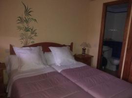 Mejores hoteles y hospedajes cerca de Paredes de Buitrago ...