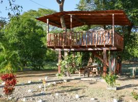 La Casa del Arbol Camping