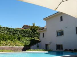 Mejores hoteles y hospedajes cerca de El Arrabal Mas, España