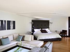 Le Parc Hotel, Beyond Stars
