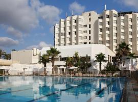 מלון חוף התמרים עכו