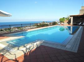 Ischia Villa Sleeps 4 Pool WiFi
