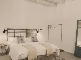 Smoix hotel