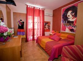 Hotel Cineholiday