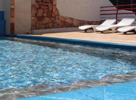 Bica Pau Hotel