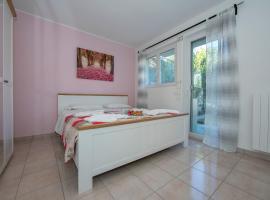 Breganzona Apartment Sleeps 6 WiFi