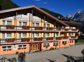 Hotel Azola