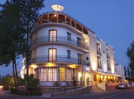 Crown Inn Hotel