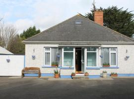 Beaches Youth Hostel, Courtown