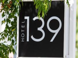 Hotel 139
