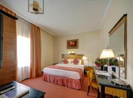 Rayan Hotel Corniche