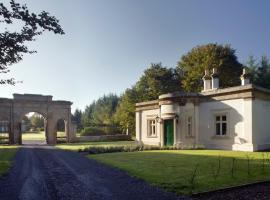 Triumphal Arch Lodge, Creagh