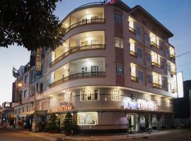 Long Chau Hotel, Ha Tien