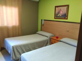 Mejores hoteles y hospedajes cerca de Velilla de San Antonio ...