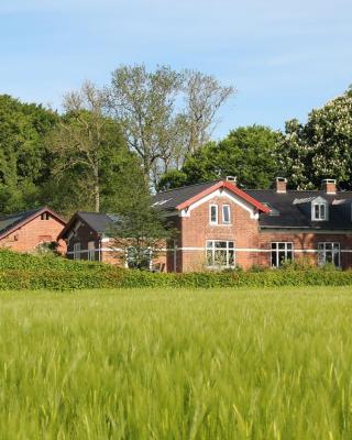 Skovlide Beautiful Farmhouse