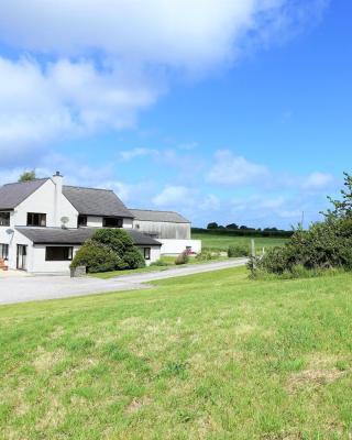 Tyddyn Crwn Country-House Apartment