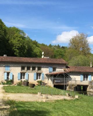 Gîte at Moulin Bois - Sommières du Clain