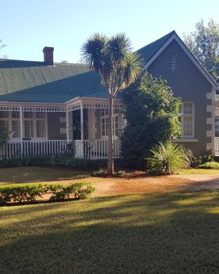 Bellevue Manor Guest House