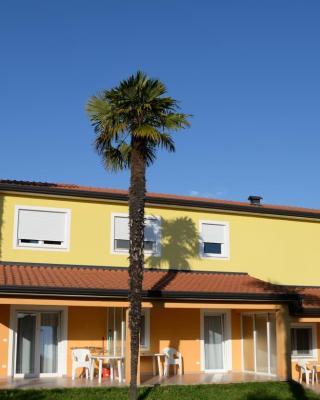 San Lorenzo Apartments