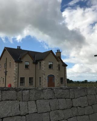Mourne Country House