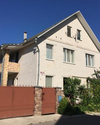 Cottage on 6 Stadionnaya