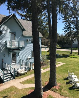 The Harbor Light Inn