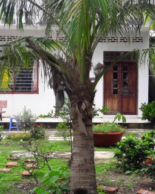 Hoang Vi Homestay