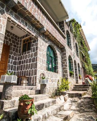 Eco Hotel Uxlabil Atitlan