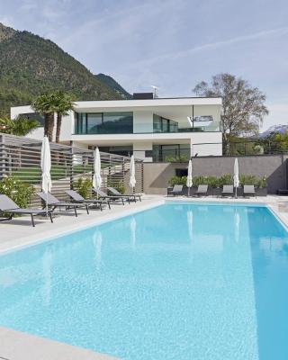 The View Luxury Suites