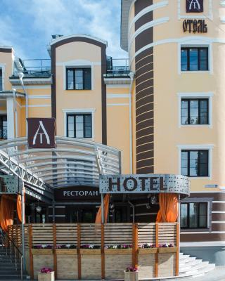 Ya - Hotel