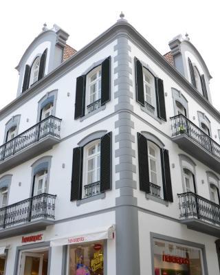 Edificio Charles 206