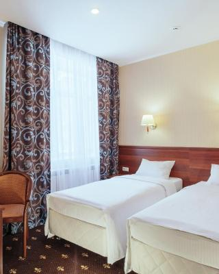 Amaris Hotel