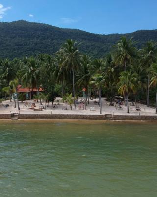 Kiki Coconut Beach Resort