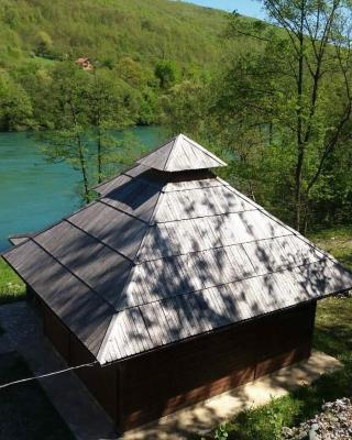 Vacation home on the bay of Drina