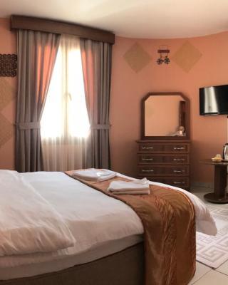 فندق كيرينيا ريميل