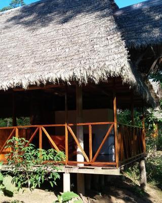 Tres Chimbadas Lake Lodge