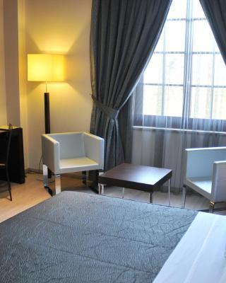 فندق مونارك