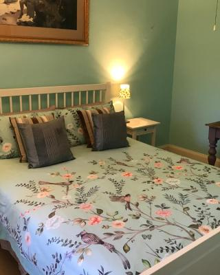 Kit Kat Cottage - heritage accommodation Burra