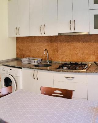 Cozy Apartment at Lermontov