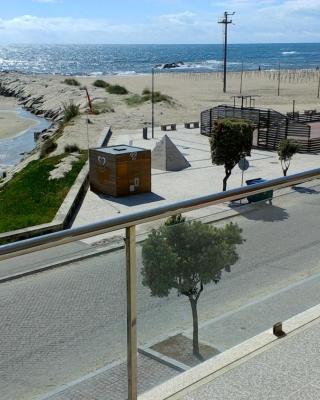 Apúlia Beach Front Apartment