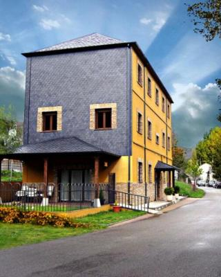 Hotel Rural Alto Bierzo (España Pobladura de las Regueras ...