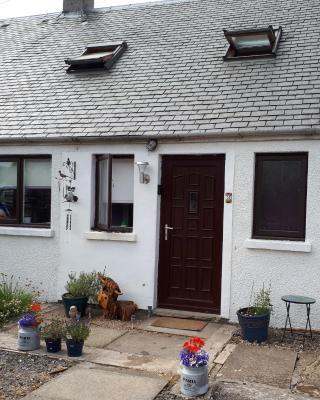 Knocknaha Cottage