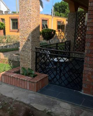 Cozy Apartment in Entebbe