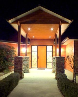 Wanaka Alpine Lodge