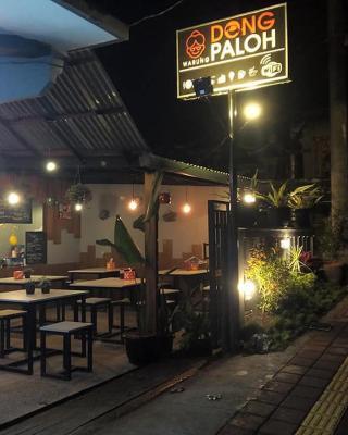 Dong Paloh Hostel