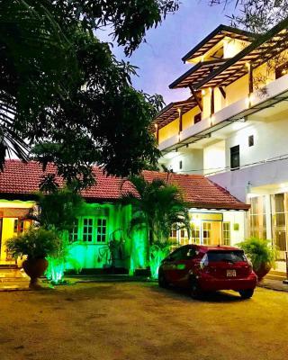 Hotel Sunils