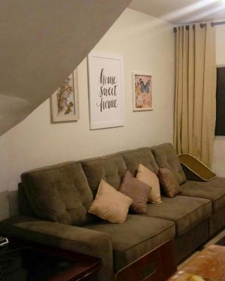 Minha Casa, Seu Hostel - quarto e banheiro privados
