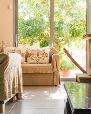 Comfy Kourouta Apartment & Suite
